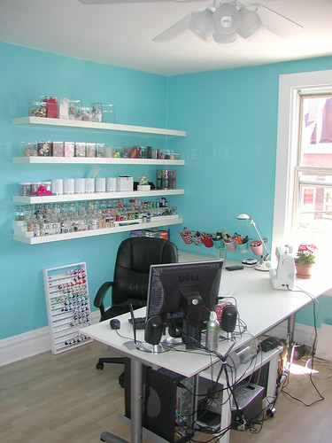 Hot interior paint colors craft room for Craft room paint colors