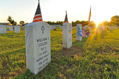 blue sunset red white love america army remember respect flag wwii honor iowa worldwarii ia rays holt veteran memorialday usarmy cullen oaklandcemetery fortmadison ftmadison stateoftheunionia
