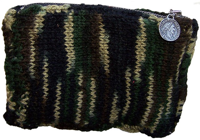 Camouflage Coin Purse - Knitting Pattern Flickr - Photo Sharing!