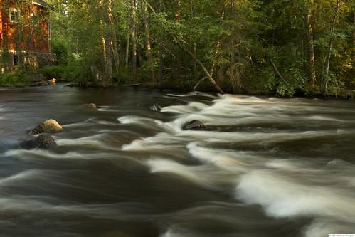 black water rock canon suomi finland eos dusk smooth rapids east 7d mansion dslr grounds silky kartano läsäkoski mygearandme läsäkosken