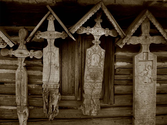 Cruces sin muertos / Crosses without owners