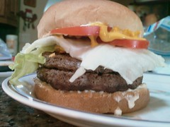 sandwich, meal, lunch, breakfast, hamburger, slider, meat, veggie burger, food, whopper, dish, fast food, cheeseburger,