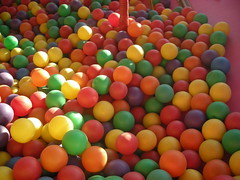 food(0.0), dessert(0.0), play(1.0), ball pit(1.0), toy(1.0),