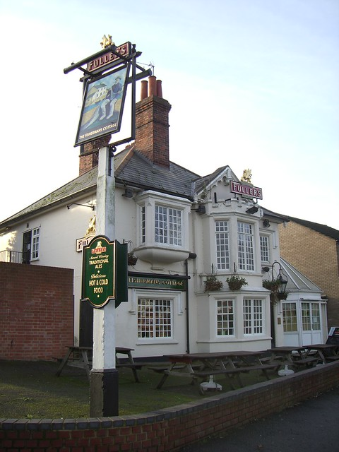 Fisherman 39 s cottage kennet canalside pub by wendy flickr photo sharing - The fishermans cottage ...