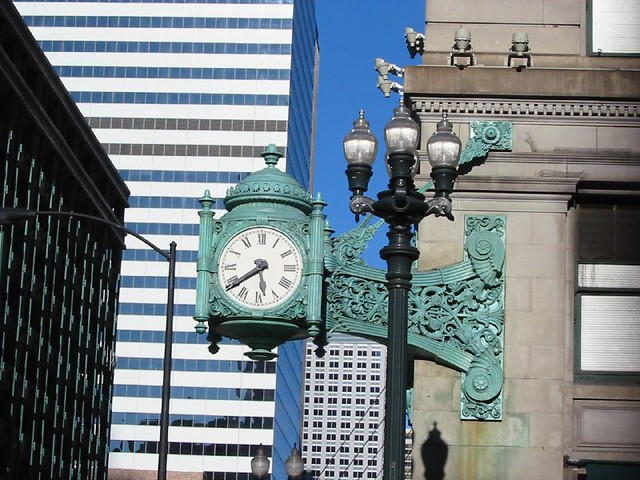 Clock on State St