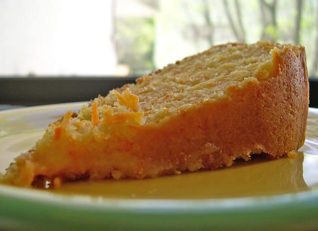 Bolo de côco e cenoura... receita da Anita :))