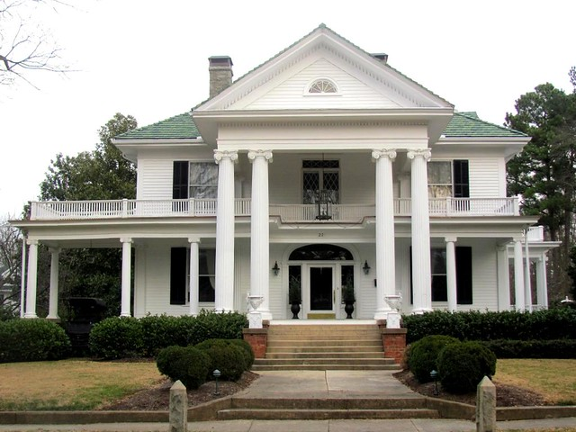 2 lassiter house flickr photo sharing for Plantation columns