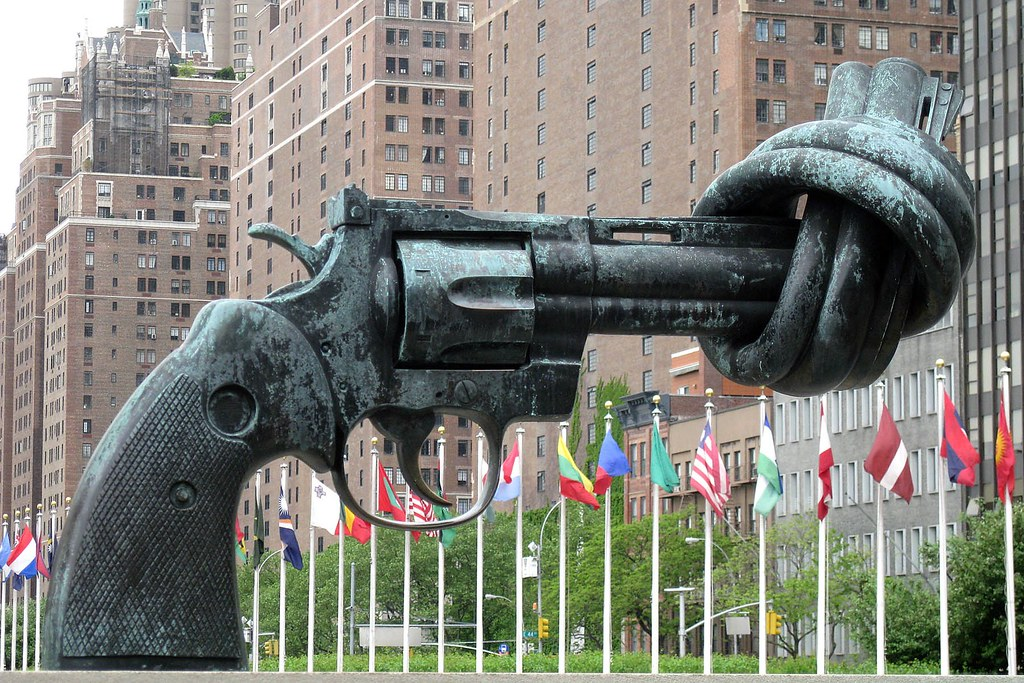Non–Violence or The Knotted Gun by Carl Fredrik Reutersward, UN New York