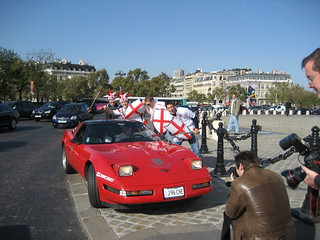 Parked up on the Arc de Triumphe island