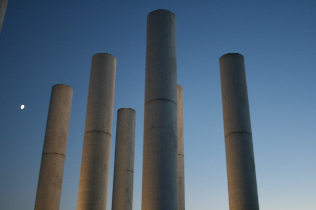 Cergy Columns