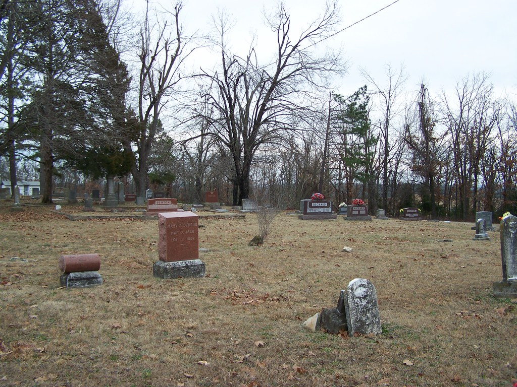 Lonesome Hill Cemetery - Phillipsburg, Missouri