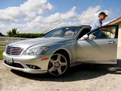 automobile, automotive exterior, wheel, vehicle, mercedes-benz w221, automotive design, mercedes-benz, rim, bumper, mercedes-benz s-class, sedan, land vehicle, luxury vehicle,