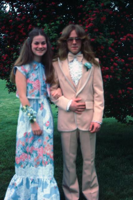70's Prom Fashion