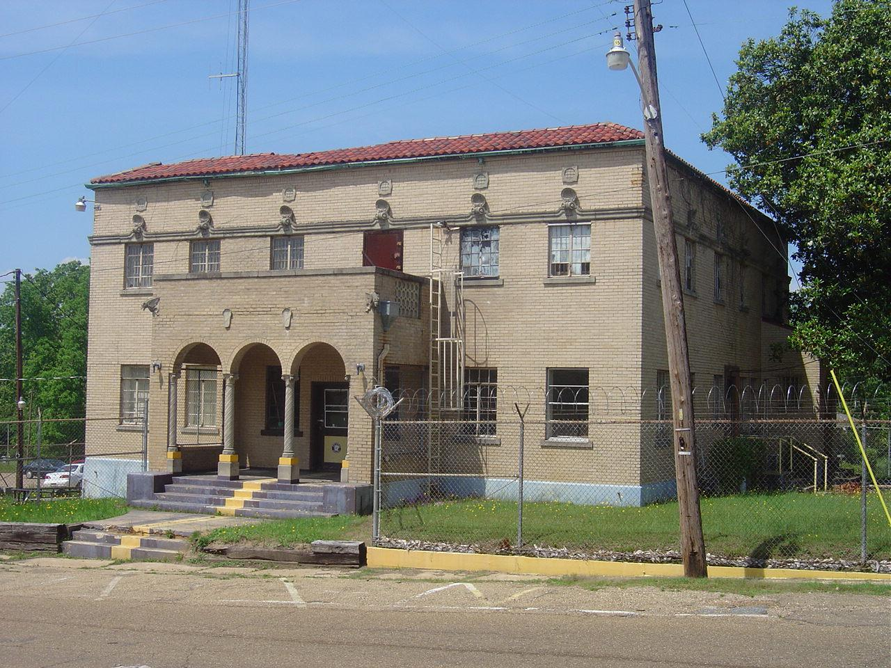 Columbia Co Jail- Magnolia AR