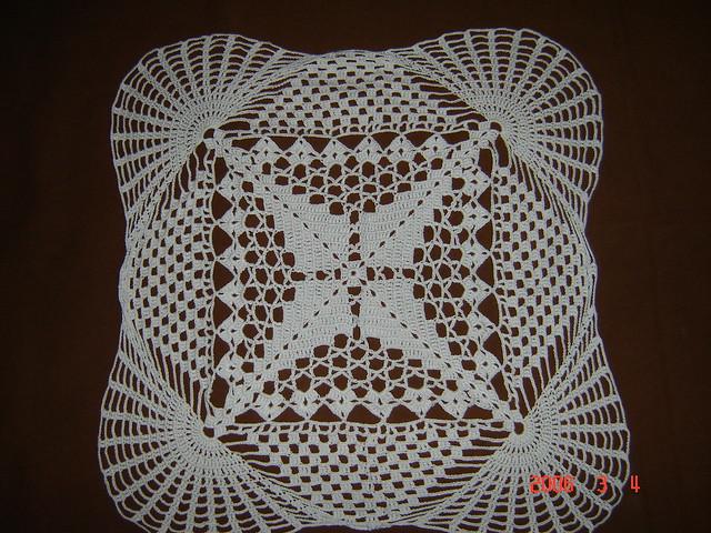 Carpetas cuadradas en crochet con patrones - Imagui