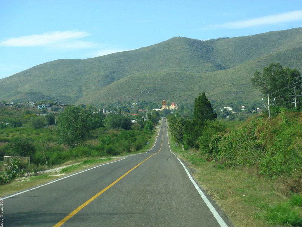Carretera Xilitla a Jalpan 9040 - Querétaro México 2007