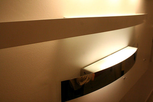 Forum consiglio lampade per specchio bagno for Fontana arte riga
