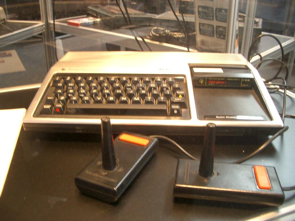 Texas Instruments TI99/4a (P4939)