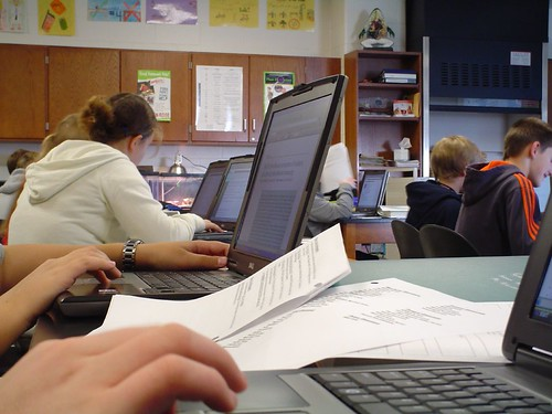Why You Need A Laptop And Not A Tablet For University 1