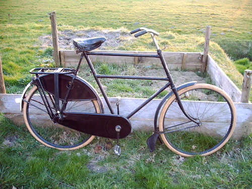 1932 archipel bicycle