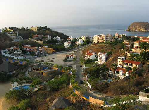 Residencial Conejos, Huatulco, Mexico - taken from air at a Cul-de-Sac at the end of Cerrada Mirador. This picture was taken from a camera rig suspended below a kite (Kite Aerial Photography - KAP).