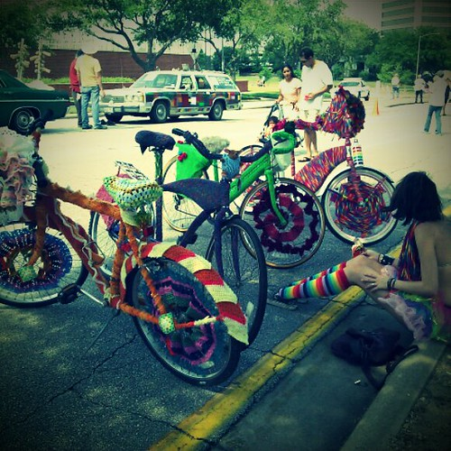 yarn bombing bicyles
