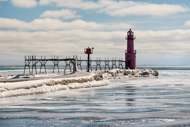 Algoma, WI, Lighthouse, Winter, Cold, Frozen, Ice, Lake Michigan