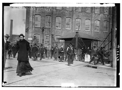 Passaic - strikers leave mill  (LOC)