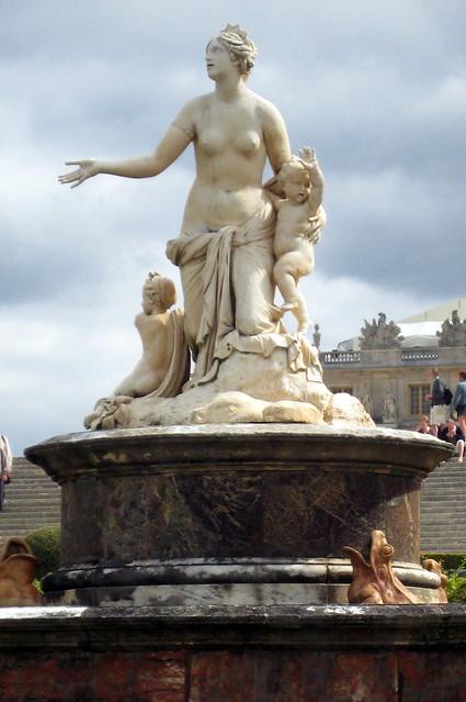 Versailles jardins du ch teau de versailles bassin et for Jardin chateau de versailles