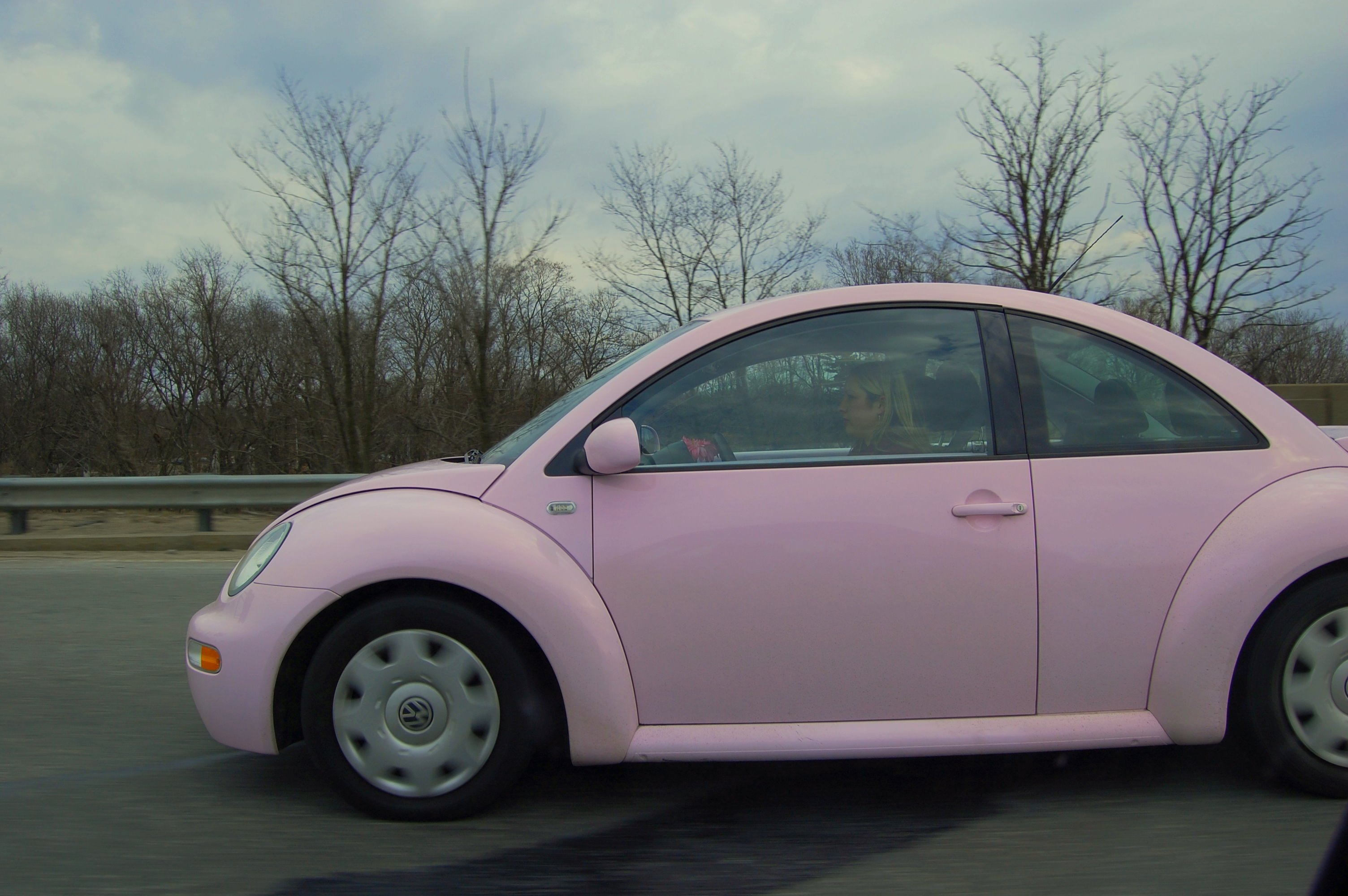 where can i buy a light pink volkswagen beetle yahoo answers. Black Bedroom Furniture Sets. Home Design Ideas