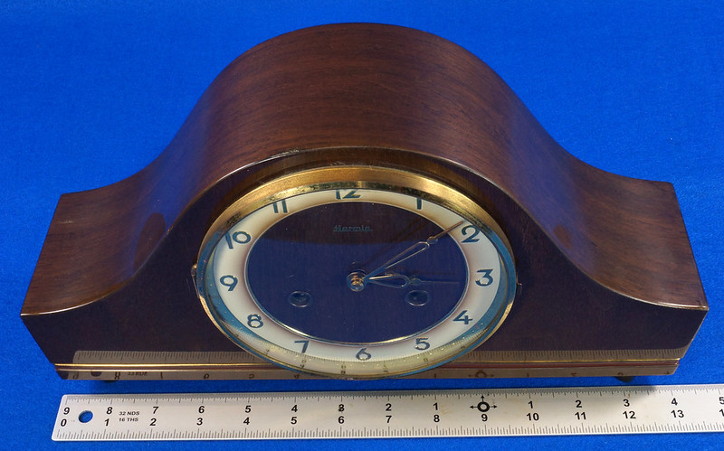RD15275 Vintage 1941 Franz Hermle Germany Clock 2 Jewel Movement 150-010 with Original Tag DSC08973