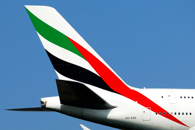 emirates tail logo - photo #14