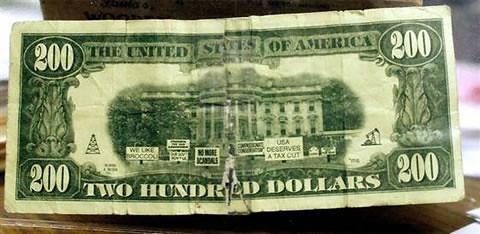 2177283006 4ee1cc4186 Fake $200 Banknote