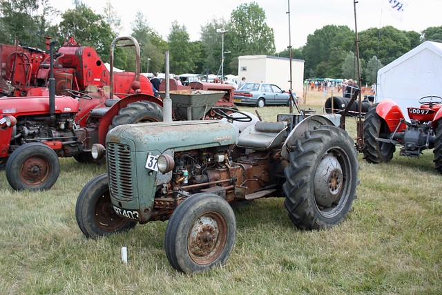 Ferguson To 35 Tractor : Ferguson massey tractors a gallery on