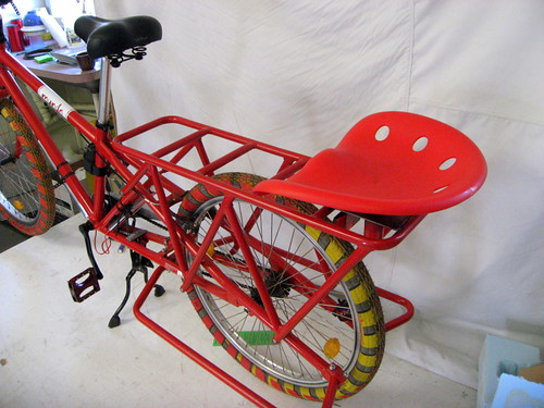 Tractor Seat For Bike : Just in time for bicycle music festival the atractor seat