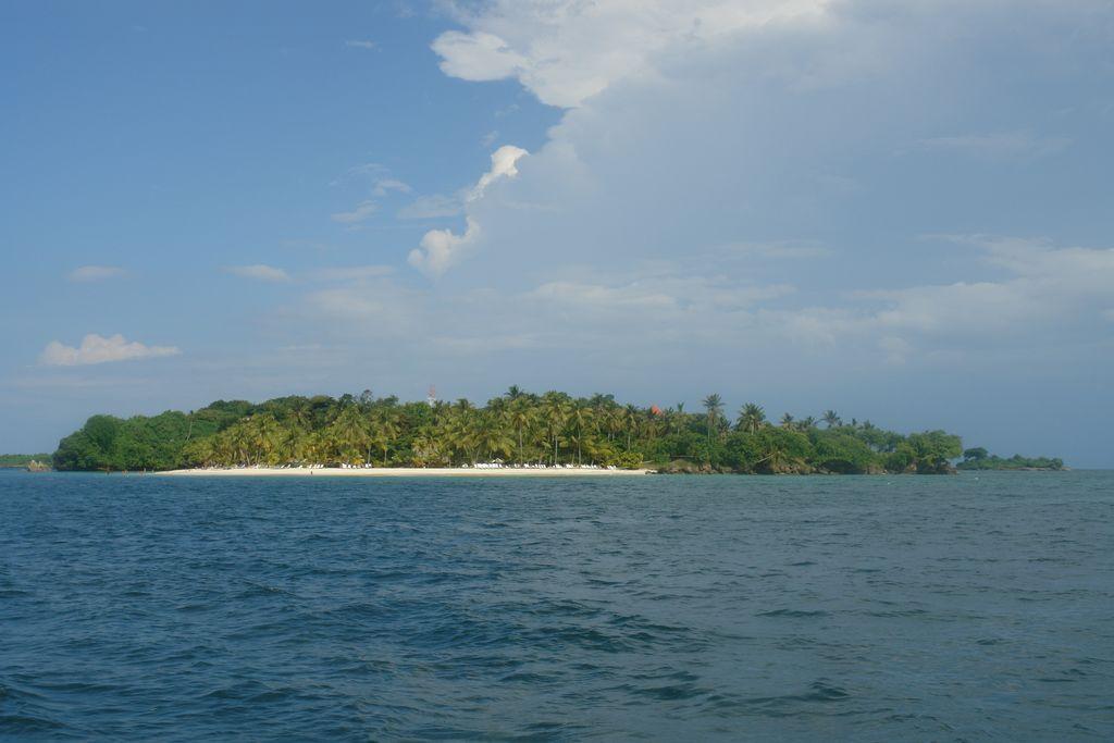 Isla Bacardí o Cayo Levantado Samaná, una península en el Paraíso - 2526696065 af93e1073b o - Samaná, una península en el Paraíso