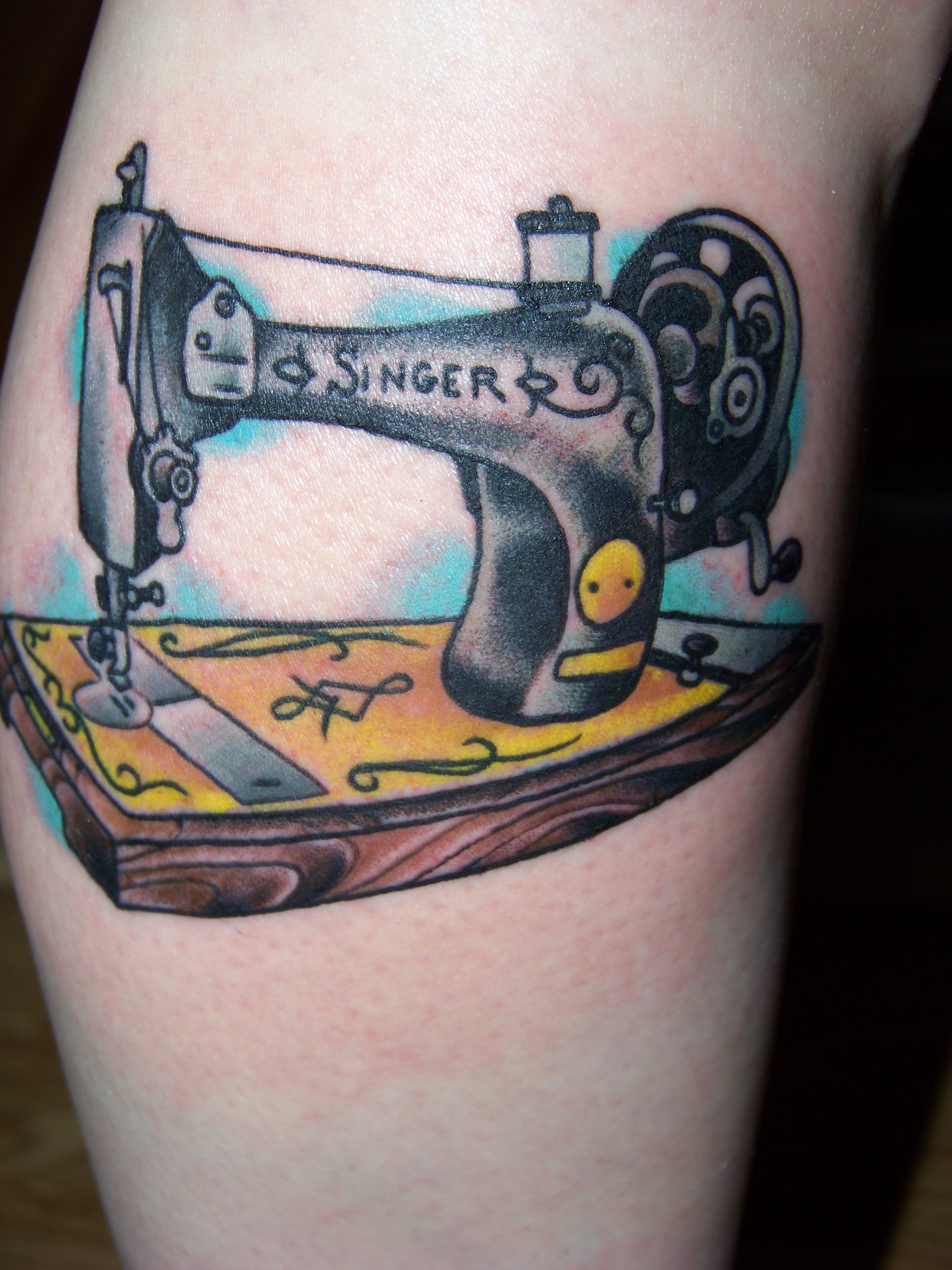 Super sweet sewing machine tattoo sewing machine tattoo for Dekalb tattoo company