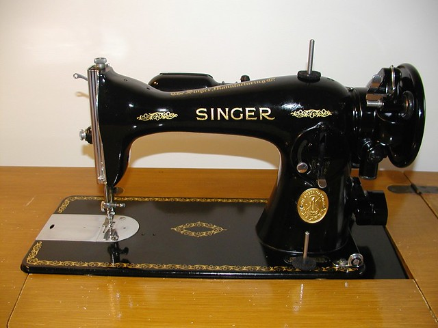 singer sewing machine model 15