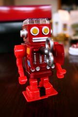 Robot by Andy Field CC BY-NC-SA 2.0 (http://flic.kr/p/4ggAqq)