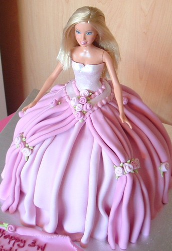 Flower barbie cake