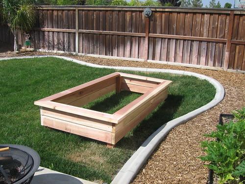 Top 28 raised garden box designs backyard garden for Raised box garden designs