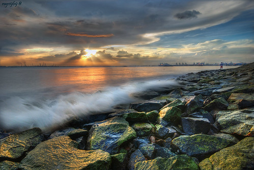 singapore sunset landscape landscapes rags rajesh rags1969 nikon labradorpark rocks water green algae sky clouds bravo sunrise ragsphotography labrador seascape sea hdr blending dri reflection city beach morning dawn sun color stockphoto longexposure exposure relax happy light famous photo photograph singaporelandscape singaporeseascape singaporenightshot nightshot google search asia travel tourism visit destination people culture
