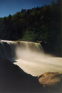 Cumberland Falls by the Light of the Moon