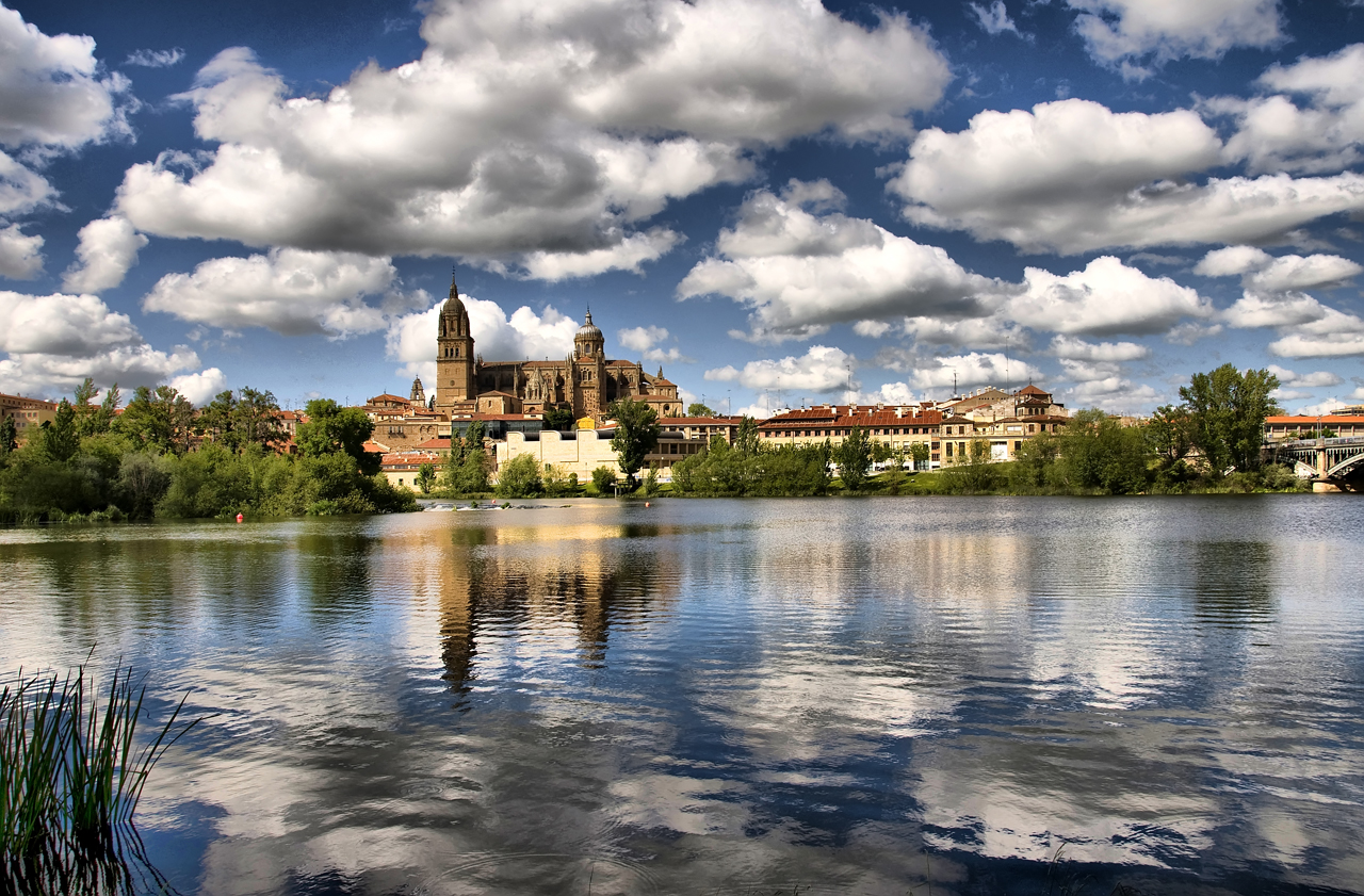 Salamanca desde el r o tormes salamanca view from river - On salamanca ...