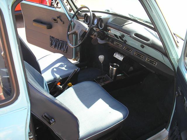 1973 Volkswagen Squareback Sedan - 126.9KB