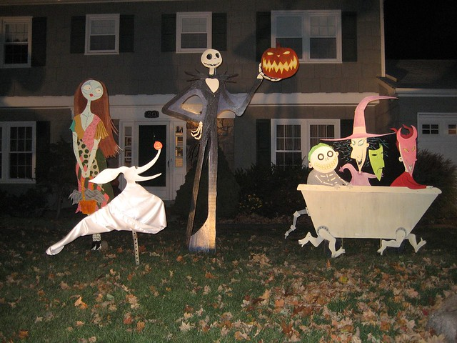 Nightmare Before Christmas Lawn Decorations | X-Mas