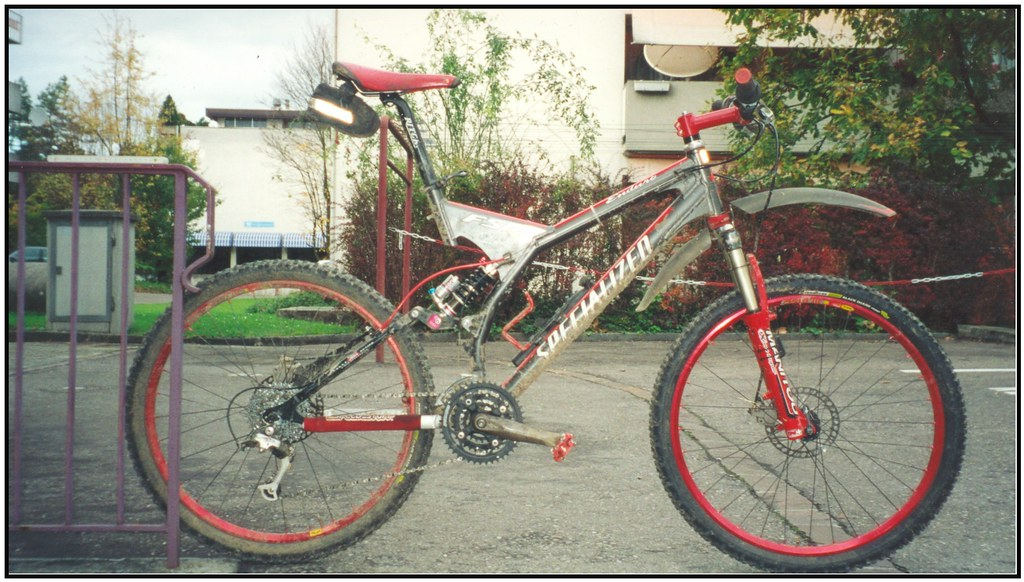 Specialized Enduro Pro 2000