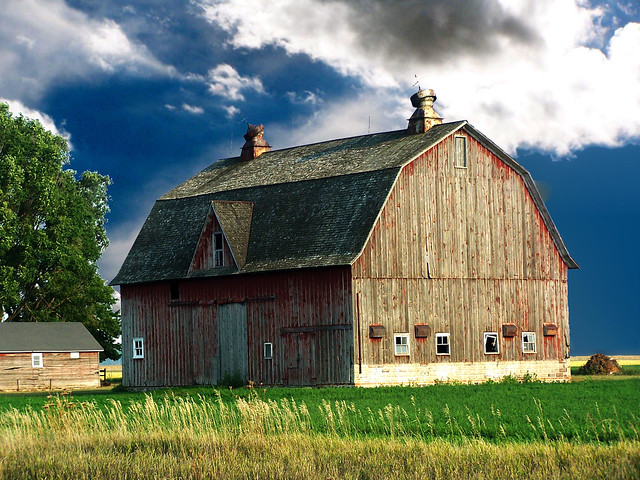 Hip Roof Mi Barn Flickr Photo Sharing