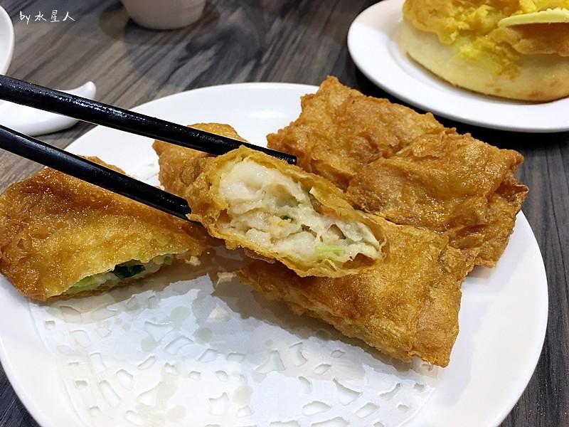 32737511012 fa2ae42488 b - 寶達港式茶餐廳│由香港師傅掌廚,最推會爆漿的黃金流沙包、冰熱鹹甜的冰火菠蘿包
