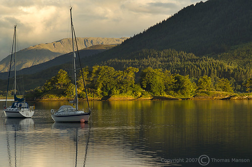 summer sunrise landscape scotland boat highlands calm serene stillwater scottishhighlands lochleven